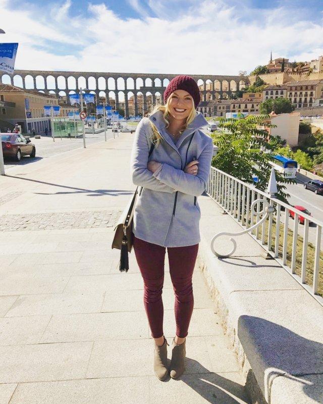 blogging blog blogger travel leigh ann